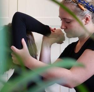 Hannah-Elsie-Thai-Massage-1000-300x300